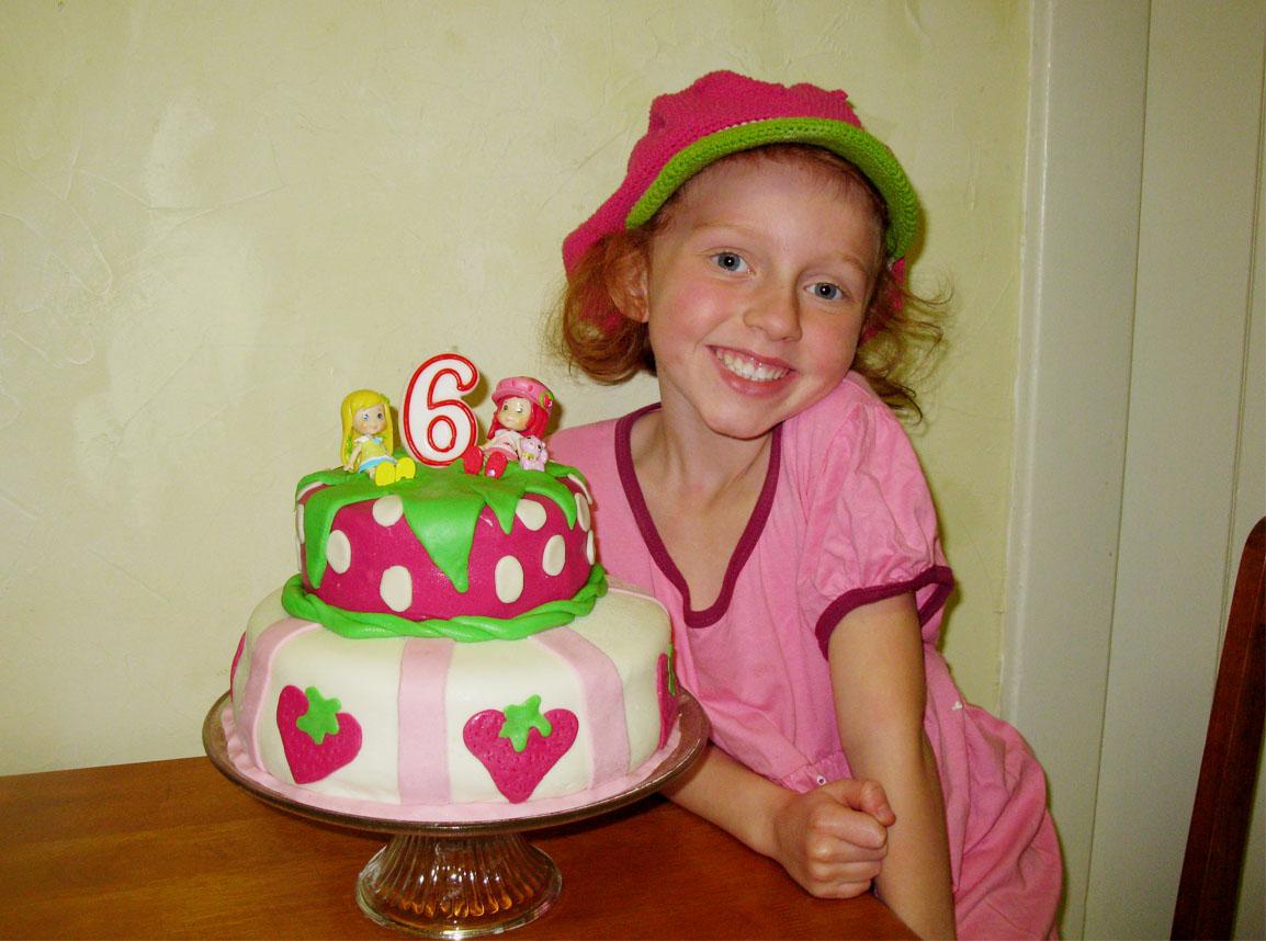 Eco-Friendly Birthday Party Tips and Vegan Fondant Birthday Cake