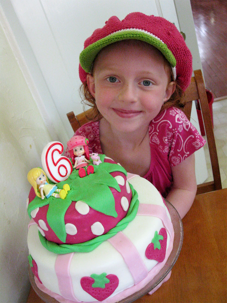 EcoFriendly Birthday Party Tips and Vegan Fondant Birthday Cake