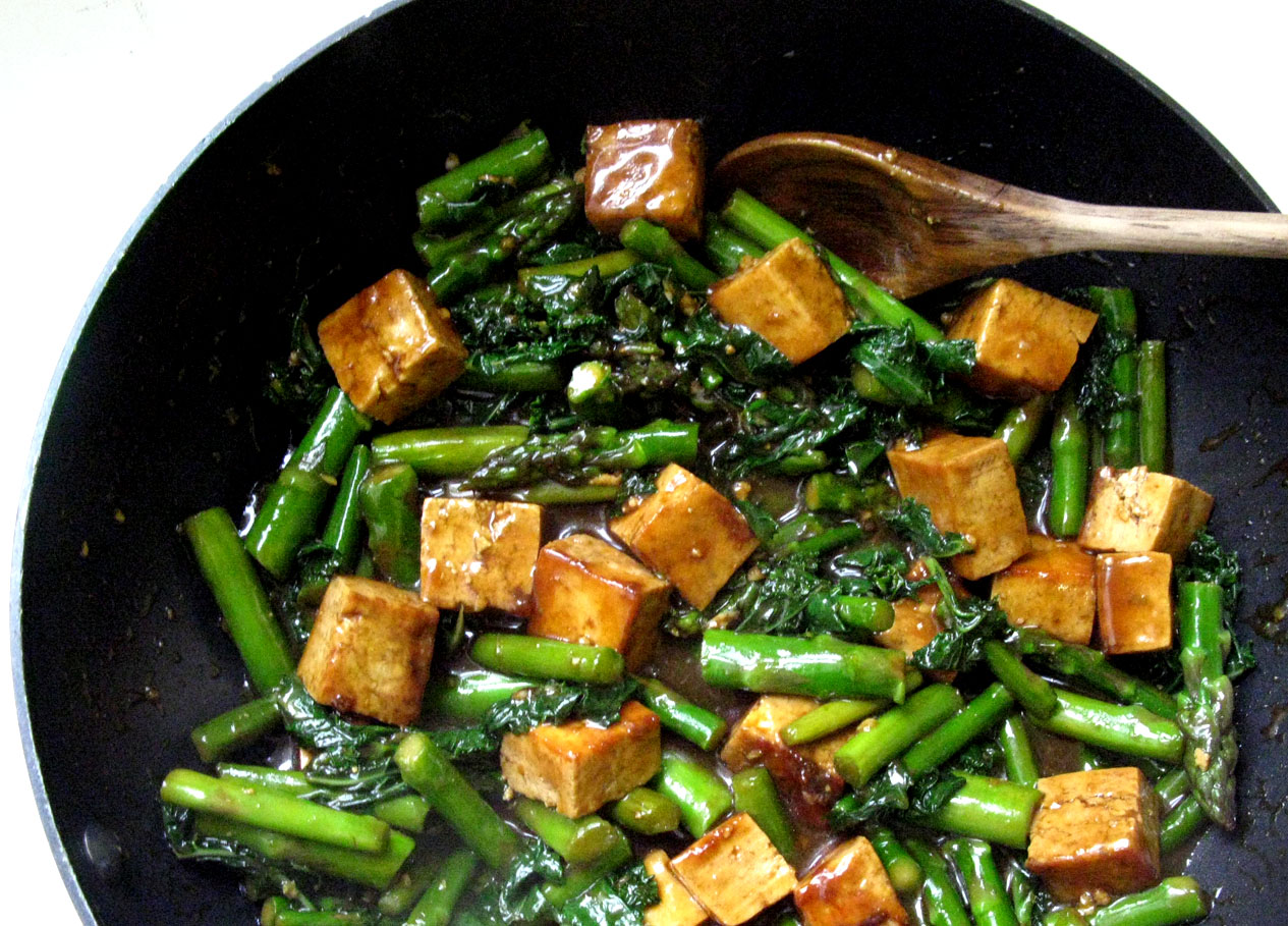 Teriyaki glazed asparagus kale and tofu stir fry live learn serve ccuart Gallery