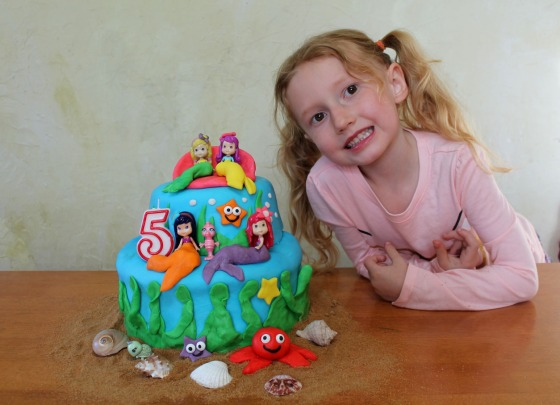 strawberry shortcake mermaid cake