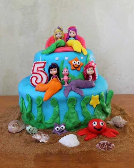girls under the sea fondant birthday cake strawberry shortcake