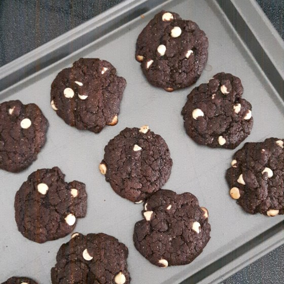 vegan double chocolate cookies healthy